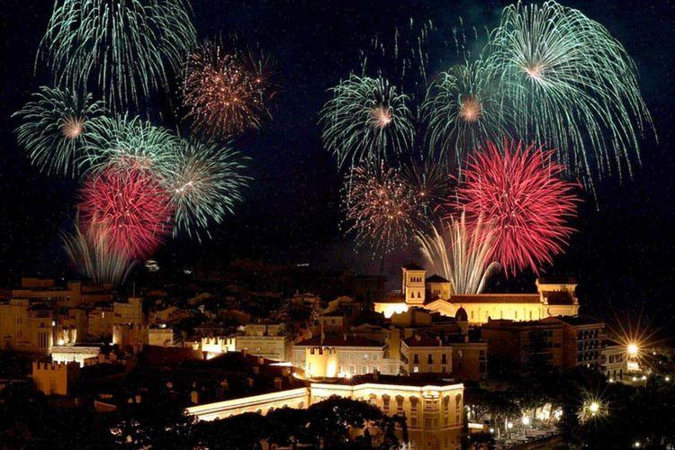Фестиваль фейерверков в Монако