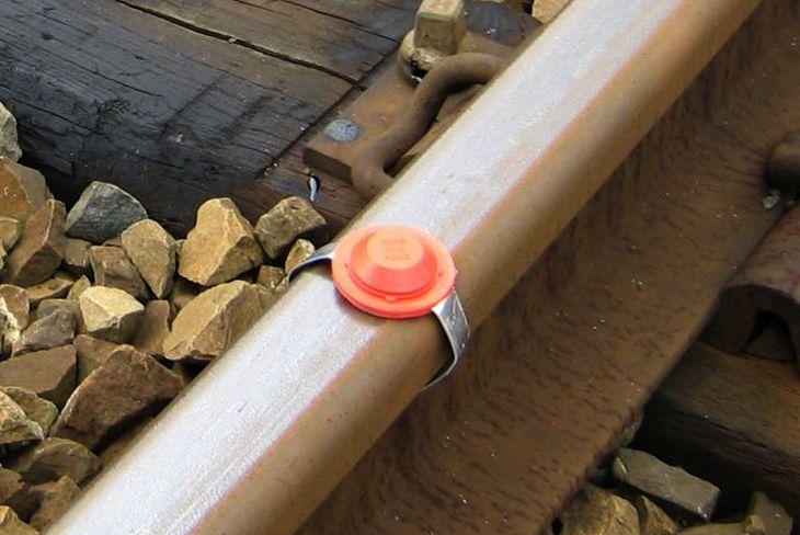 Укладка железнодорожной петарды