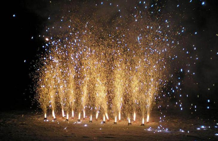 Запуск фейерверк-фонтанов